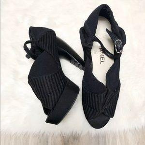 CHANEL sample high heels curved black 9
